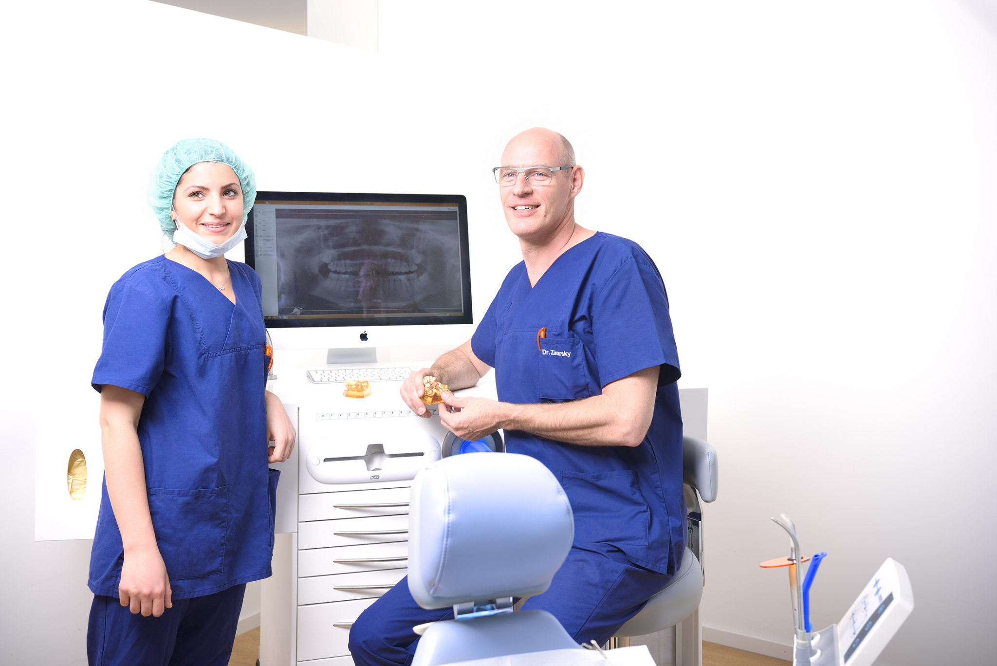 DVT und 3D-Planung: Mit Sicherheit zum Zahnimplantat | MKG Nürnberg, Dr. Dr. Zikarsky & Kollegen